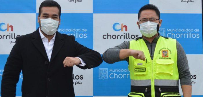 MUNICIPALIDAD DE CHORRILLOS Y EL AMPE ENTREGARON OXÍGENO GRATIS A LOS VECINOS