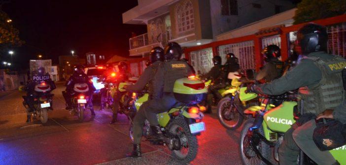 Policía destapa distritos en los que hacen fiestas Covid en pleno toque de queda